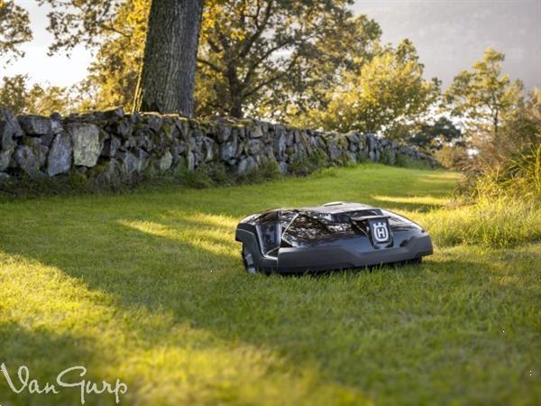 Grote foto gazonmaaiers nieuw husqvarna 310 gazn70227 van gu tuin en terras maairobots