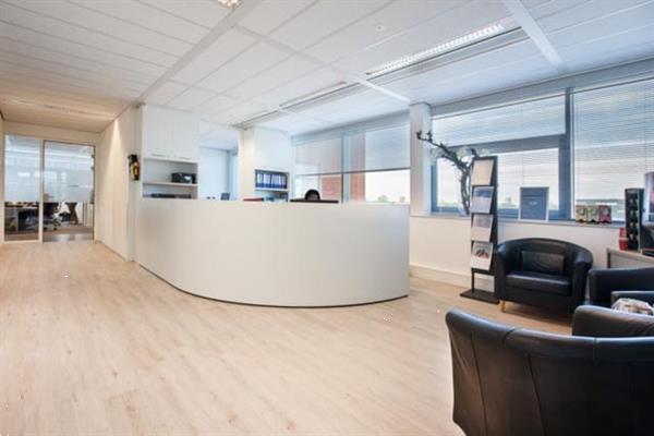 Grote foto te huur werkplek spoetnik 10 60 amersfoort huizen en kamers bedrijfspanden