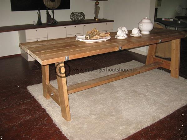 Grote foto kasten tafels bedden op maat gemaakt. diensten en vakmensen timmerlieden en meubelmakers