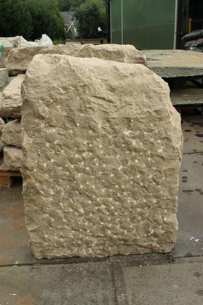 Grote foto ruwe natuursteen tursiabr. tuin en terras sierstenen en rotsen