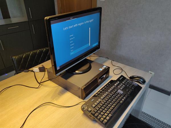 Grote foto lenovo thinkcentre m series desktop met i5 cpu computers en software desktop pc
