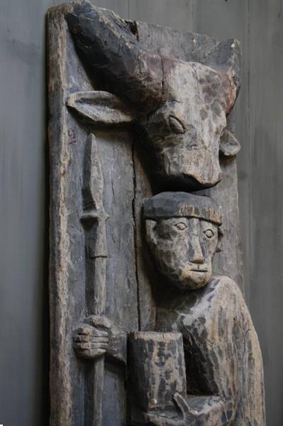 Grote foto oud houten indisch paneel man koe 186 x 60 x 20 cm antiek en kunst curiosa en brocante
