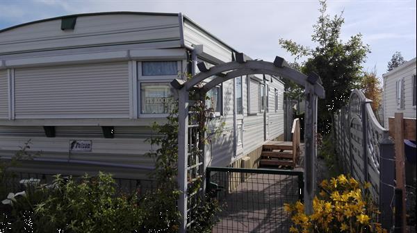Grote foto stacaravan grond parking nieuw terras caravans en kamperen stacaravans