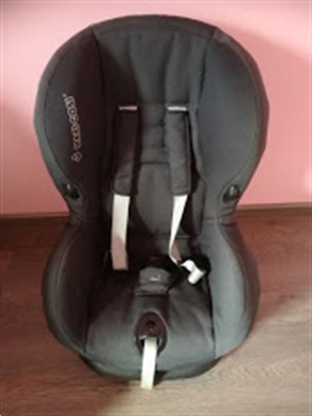 Grote foto autostoel kinderen en baby autostoeltjes