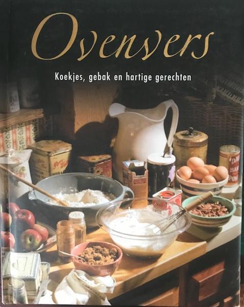 Grote foto ovenvers koekjes gebak en hartige gerechten boeken kookboeken