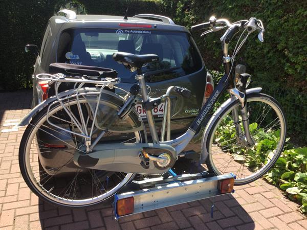 Grote foto fietsdrager fietsen en brommers fietsendragers en karren