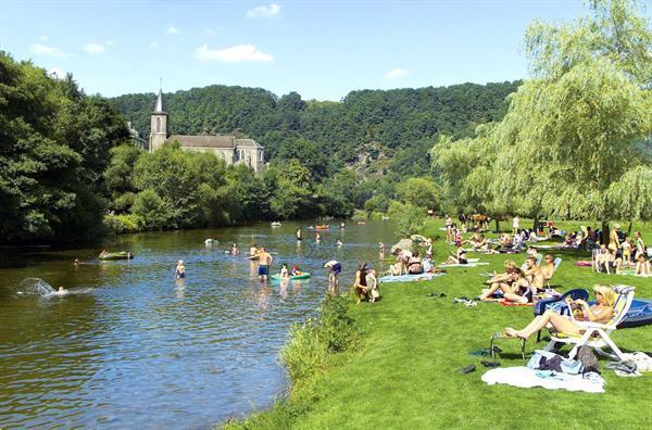 Grote foto la roche 6 pers chalet op park vanaf 15 8 20 vakantie belgi