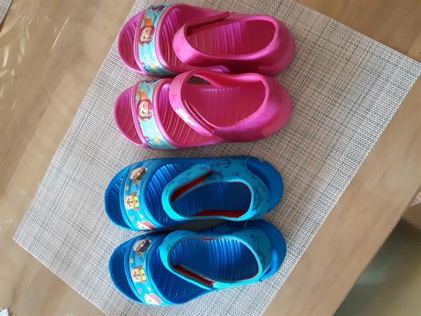 Grote foto paw patrol sandalen kinderen en baby schoentjes en sokjes