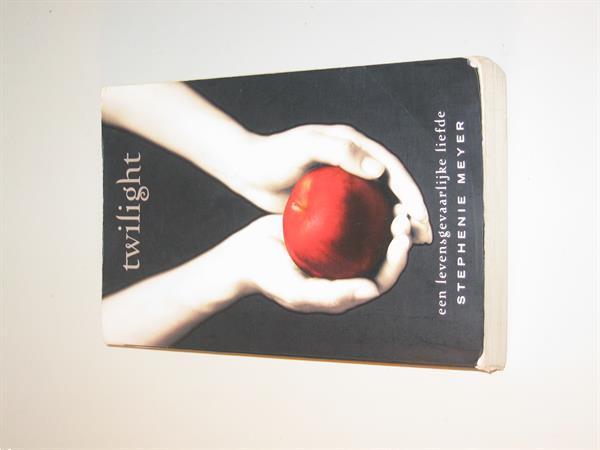 Grote foto twilight stephenie meyer boeken romans