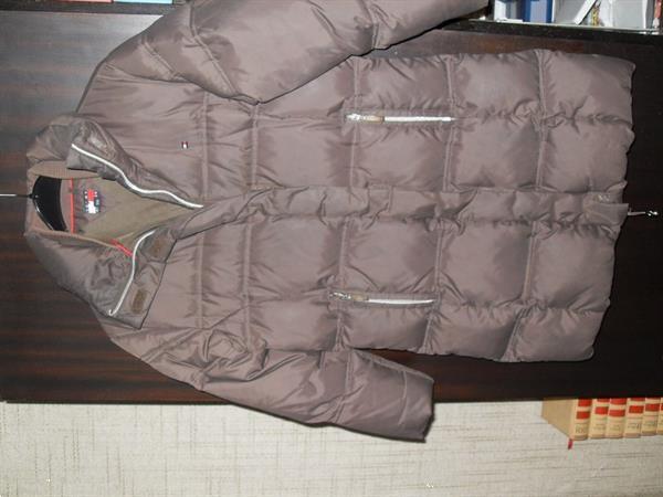 Grote foto bruine jas tommy hilfiger maat 128 kinderen en baby maat 128