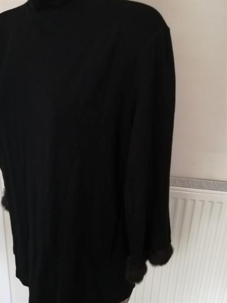 Grote foto zwart truitje met nepbont aan 3 4 mouwen m l kleding dames tops