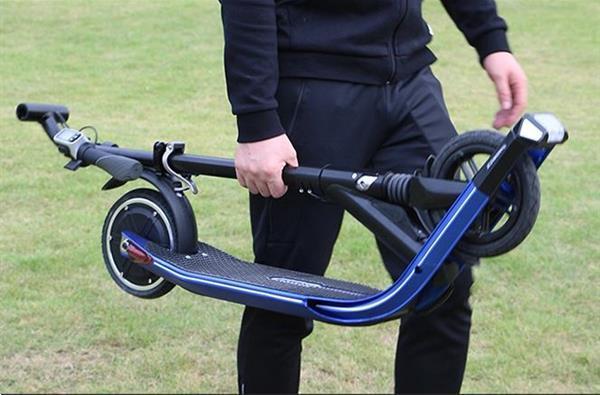 Grote foto nieuwe elektrische step fietsen en brommers steppen
