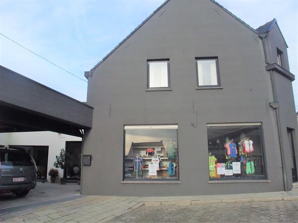 Grote foto winkel met woonplaats bedrijfspanden winkelruimte te koop