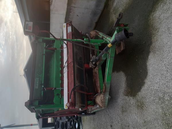 Grote foto voedermengwagen agrarisch landbouw