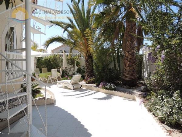 Grote foto 3 bedroom villa with private pool 613 huizen en kamers bestaand europa
