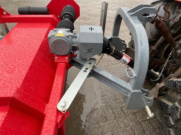 Grote foto kraffter veegmachine 220 aftakas agrarisch mechanisatie