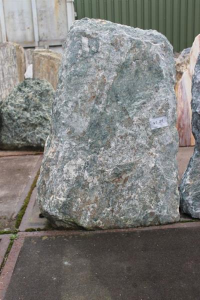 Grote foto ruwe natuursteen verdetur tuin en terras sierstenen en rotsen