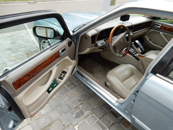 Grote foto jaquar xj6 3.2i lwb topstaat auto jaguar