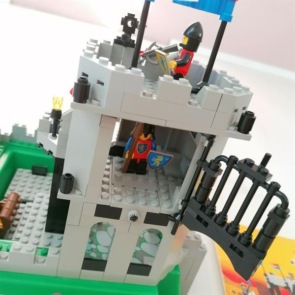 Grote foto lego 6081 king mountain fortress kinderen en baby duplo en lego