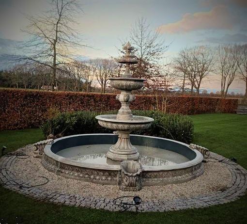 Grote foto klassieke engelse fontein tuin en terras fonteinen en waterpartijen