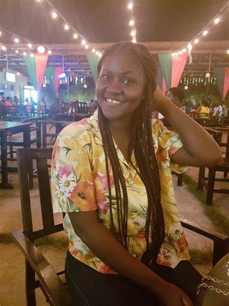 Grote foto mooie zwarte dame zoekt man contacten en berichten vrouw zoekt man