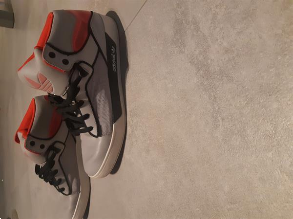 Grote foto hoge sneakers merk adidas kleding heren schoenen