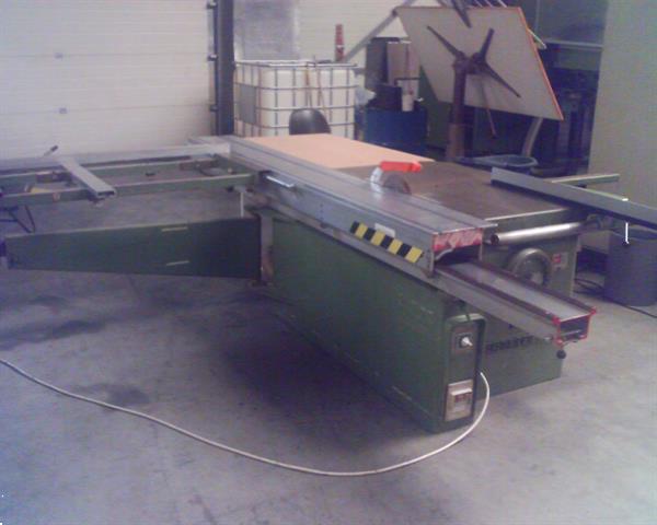 Grote foto tafelzaagmachine diensten en vakmensen timmerlieden en meubelmakers