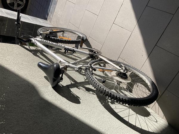 Grote foto 2 mtb te koop fietsen en brommers sportfietsen