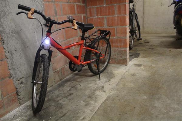Grote foto kinder bmx fietsen en brommers jongensfietsen