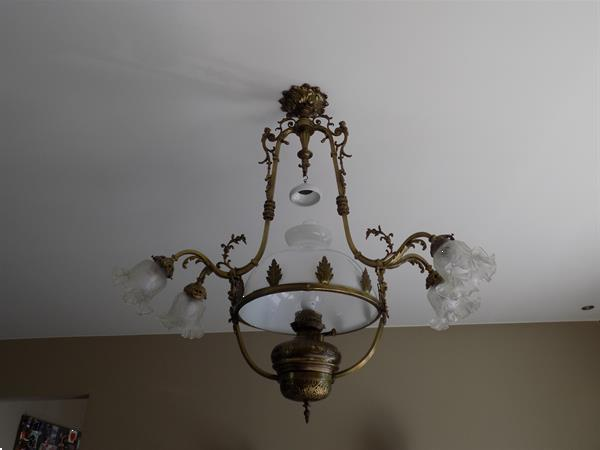 Grote foto prachtige antieke luchter. prima staat antiek en kunst koper en brons