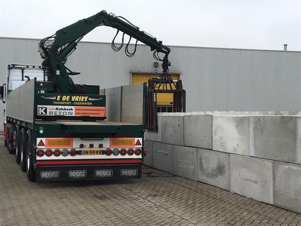 Grote foto megablok betonblok betonplaat betontegel agrarisch algemeen