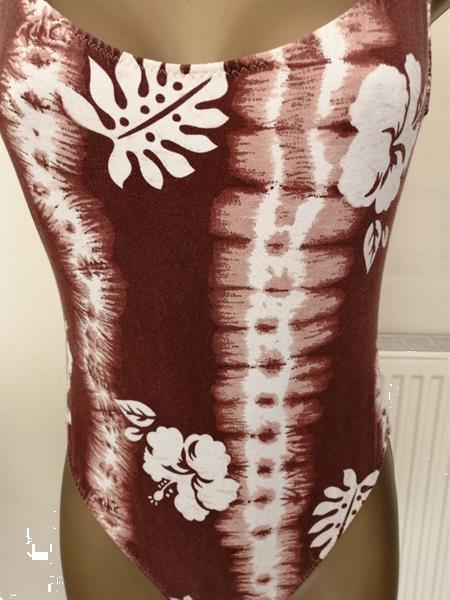 Grote foto bruin badpak met roomkleurige print medium kleding dames badmode en zwemkleding