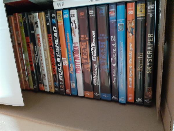 Grote foto 3 dozen dvd cd en dvd actie