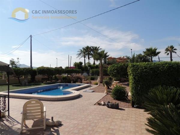 Grote foto mooie ruime villa met priv zwembad ref 396 huizen en kamers bestaand europa