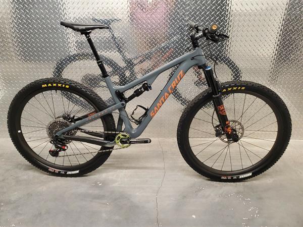 Grote foto santa cruz tallboy large xo1 eagle carbon wheels fietsen en brommers sportfietsen