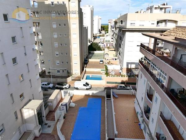 Grote foto ref 1192 bovenste verdieping appartement huizen en kamers bestaand europa